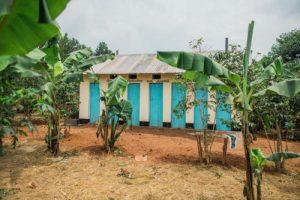 neue toiletten in tansania